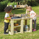 OUTDOOR WOODEN MESSY MUD KITCHEN