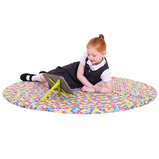 This foldable foam filled, water resistant mat features a UV reflective Galaxy HD printed design. Use flat for immersive playtime activities or transform into a corner segment to create a cosy nook for individual reading time. Research shows that little o